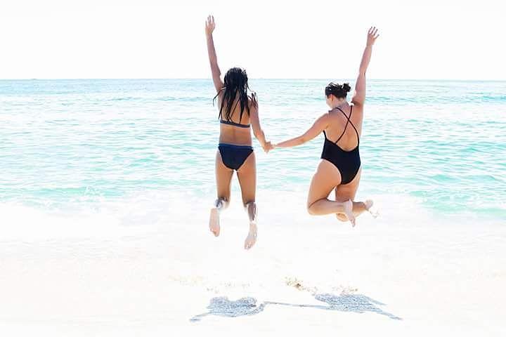 La felicidad est hecha para ser compartida agusalbiolfotografia summertime visualmarketinghellip