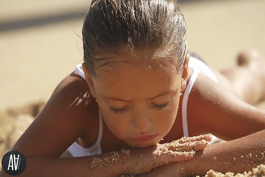 sesion playa niños barcelona agus albiol fotografia.27