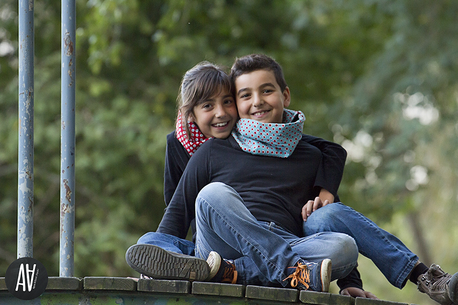 sesiones otoño niños agus albiol fotografia sesiones exterior barcelona tona fotografa de niños.02