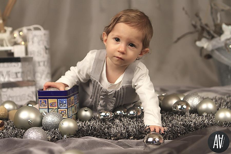 Elia Nadal Navidad Christmas sesiones de navidad agus albiol fotografia fotografa de niños.2