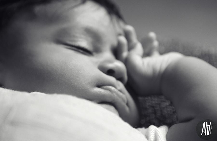 Uriel sesion recien nacido newborn fotografa de bebes agus albiol fotografia barcelona .2