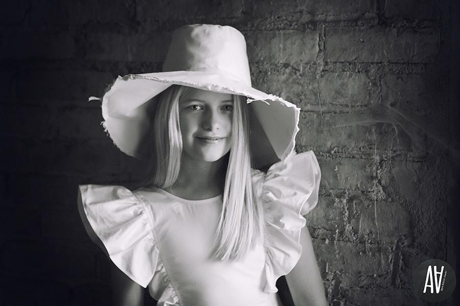 editorial petit style moda niños fotografa de moda vontage farmers salvador models fotografa barcelona.2