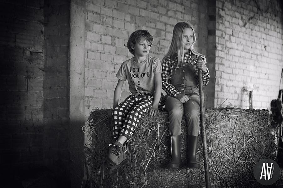 editorial petit style moda niños fotografa de moda vontage farmers salvador models fotografa barcelona.5
